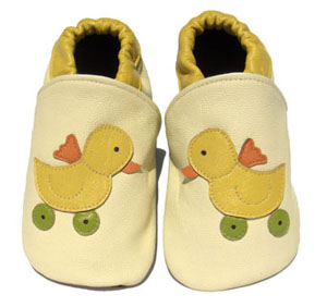 cuddles the cheeky duck baby shoes